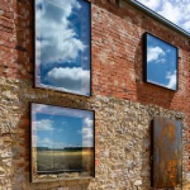 Современный взгляд на старые руины