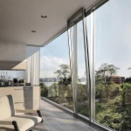 Призрачный профиль стеклянного фасада